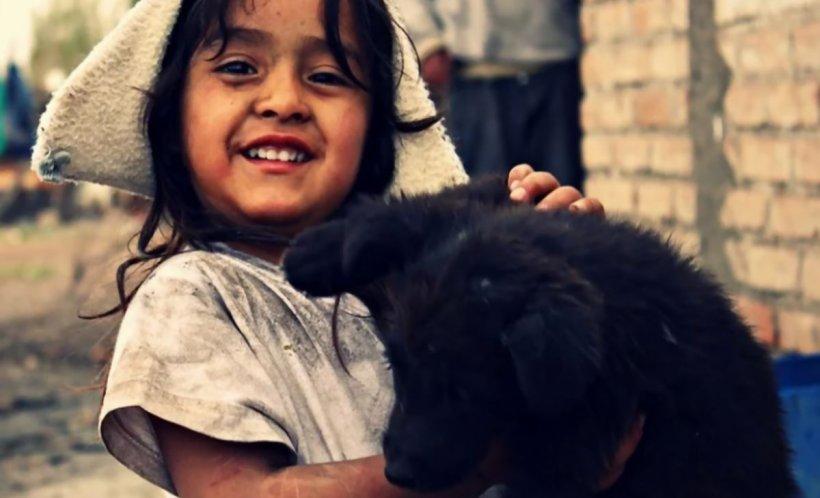 Antena 3 și UNICEF luptă împreună pentru copii. Trimite un SMS cu textul COPIL la numărul 8844!