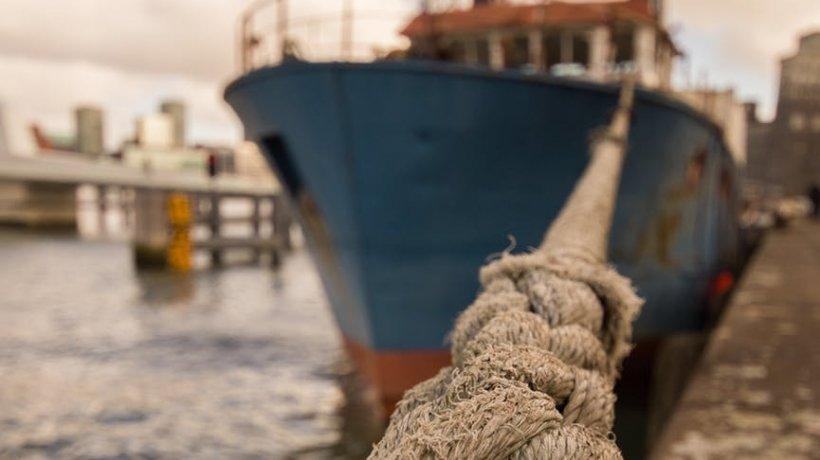 Situația disperată în care se află un comandant de navă român, după ce a fost răpit de traficanții de droguri