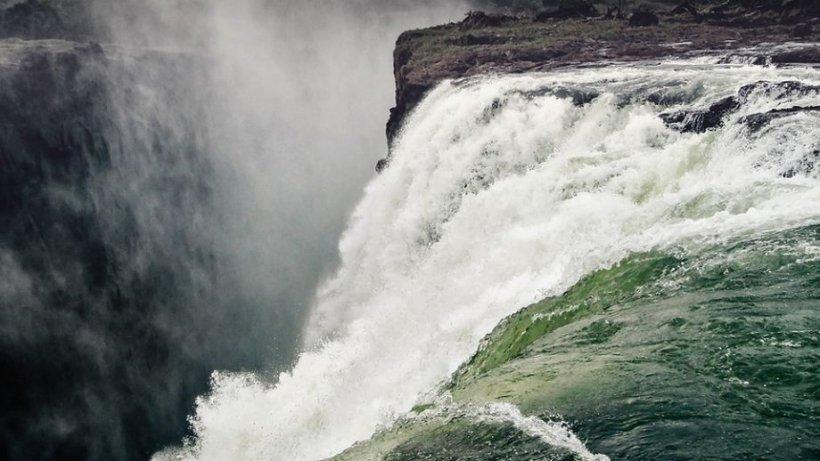 """Una dintre cele mai mari cascade din lume a secat: """"E prima dată când văd așa ceva"""""""