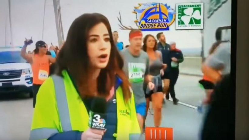 O jurnalistă celebră, pălmuită peste fund în timpul unui maraton! Gestul bărbatului a scandalizat pe toată lumea - VIDEO