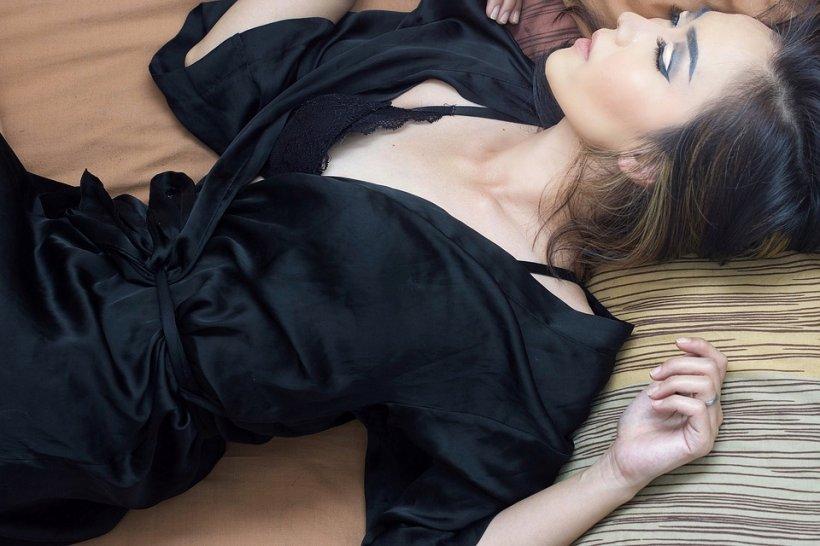 O prostituată româncă și-a otrăvit un client în Franța. Femeia îl păcălise pe om să îi dea 6.000 de euro