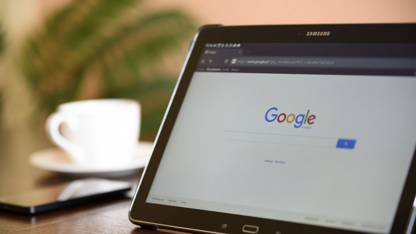 Căutări neobișnuite ale românilor pe Google în 2019. Prohodul și cum se calculează aria cercului, pe lista scurtă