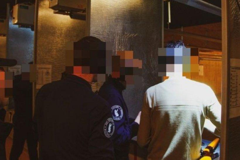 Un bărbat a fost împușcat în tâmplă la un poligon de trageri din Constanța