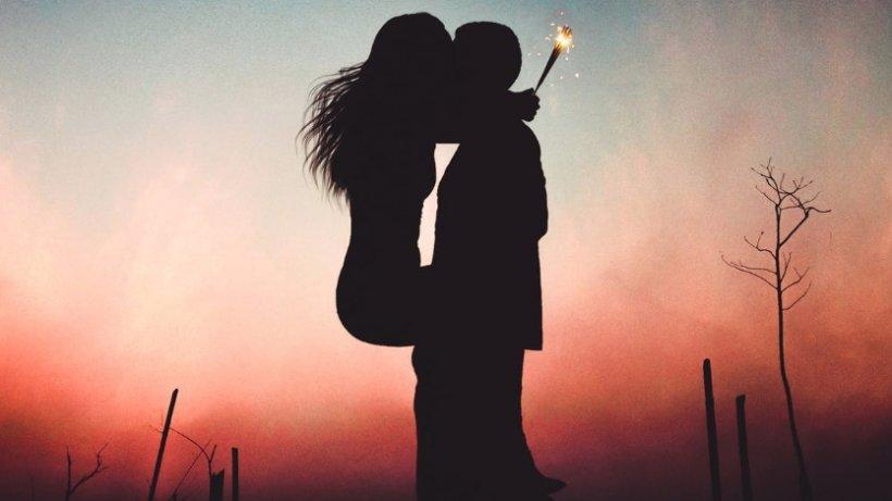"""Un bărbat mărturisește o plăcere pe care mulți nu o înțeleg: """"Îmi place să îmi privesc soția cum face amor cu..."""""""