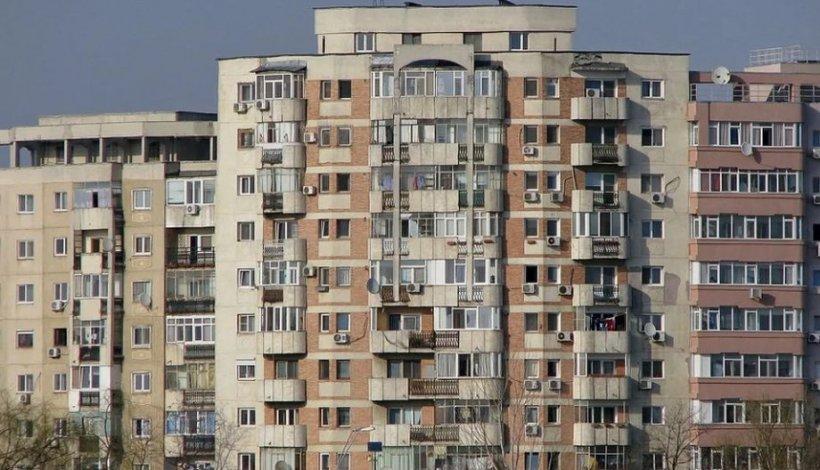 Alertă la Botoșani. Miros puternic de gaz pe o stradă. Mai multe familii au fost evacuate din locuinţe