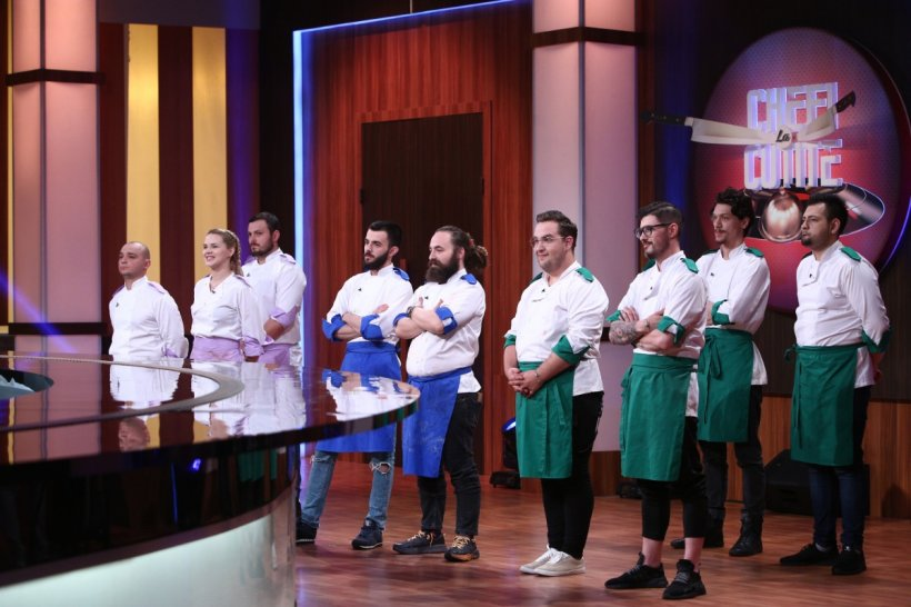 """CHEFI LA CUȚITE. Lacrimi pentru semifinaliști: """"Este cel mai frumos lucru din acest show"""""""