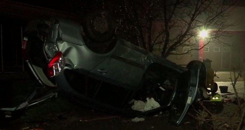 Un mort şi un rănit grav, după ce două maşini s-au ciocnit frontal pe DN 7, în județul Arad