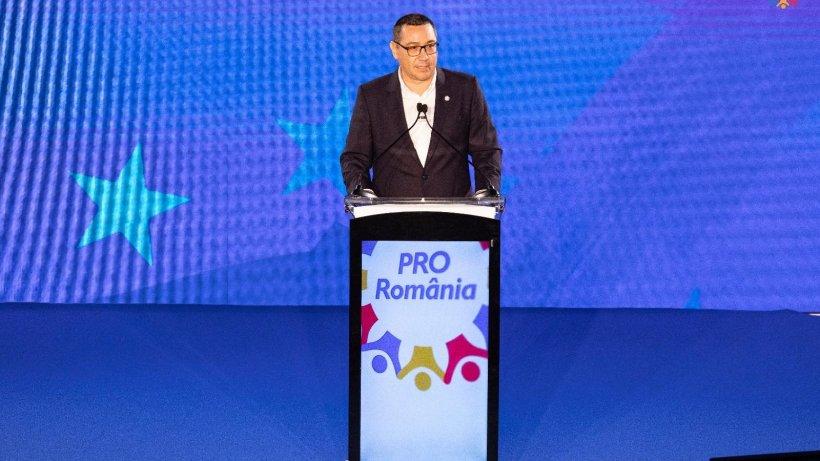 Victor Ponta rămâne (tot mai) singur în partid. Val de demisii din Pro România
