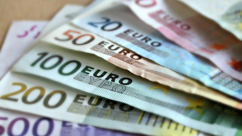 Ministerul Fondurilor Europene lansează în consultare publică două ghiduri pentru finanțarea competențelor digitale ale angajaților IMM-urilor și întreprinderilor mari