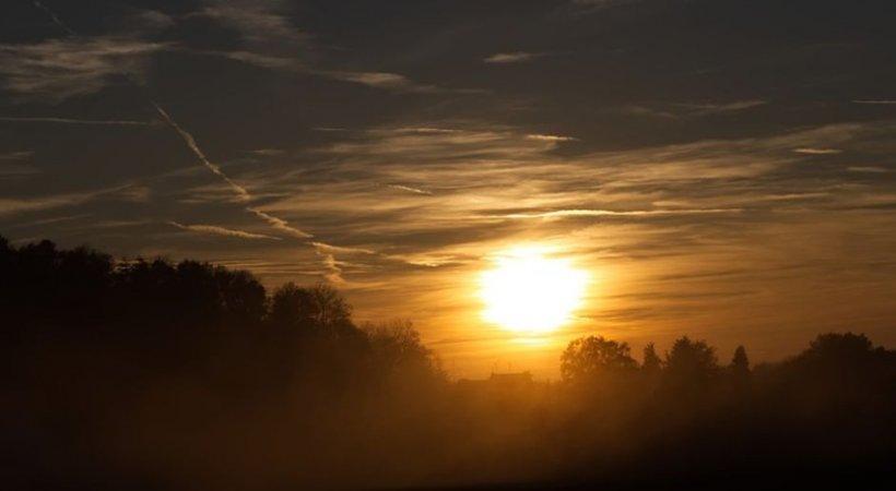VREMEA. Temperaturi de octombrie în ajun de Crăciun. Regiunile unde se vor înregistra 18 grade