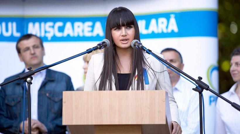 """Traian Băsescu, despre serviciile oferite de ANAF: """"Sunt în epoca de piatră"""". Ce a pățit fiica sa, Elena?"""