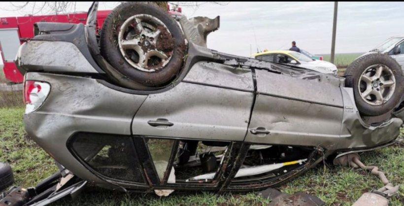 Accident teribil în prima zi de Crăciun: Un tânăr polițist a murit după ce s-a răsturnat cu maşina