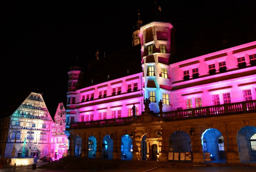 În acest oraș, Crăciunul este sărbătorit zilnic, de 41 de ani. Unde se află