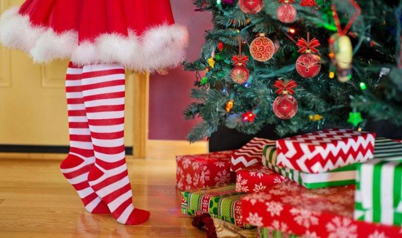 Tradiţii, credinţe şi obiceiuri de Crăciun: De ce este bine ca oamenii să pună bani de argint în apa în care se spală