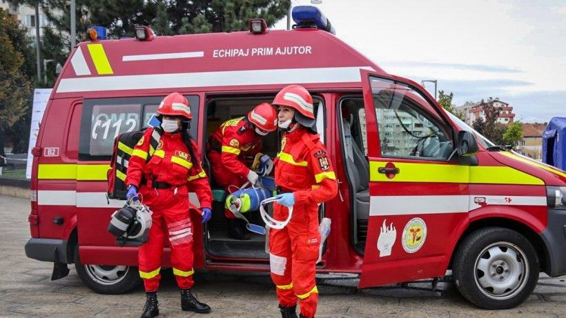 Locatarii unui bloc din Zalău, evacuaţi din cauza unei scurgeri de gaz