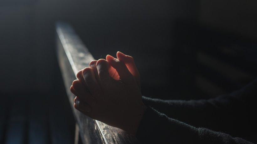 SF. ȘTEFAN. Rugăciunea pe care trebuie să o spui în această zi ca să te apere de rele