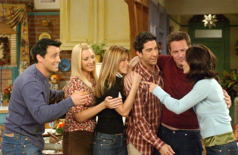 """Veste tristă pentru fanii serialului """"Friends""""! S-a stins din viață în urma unui atac de cord"""