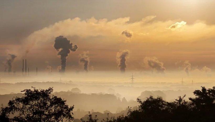 Acest oraș a înregistrat niveluri periculoase de poluare a aerului. Cel puţin 17 persoane au murit în urma afecţiunilor respiratorii