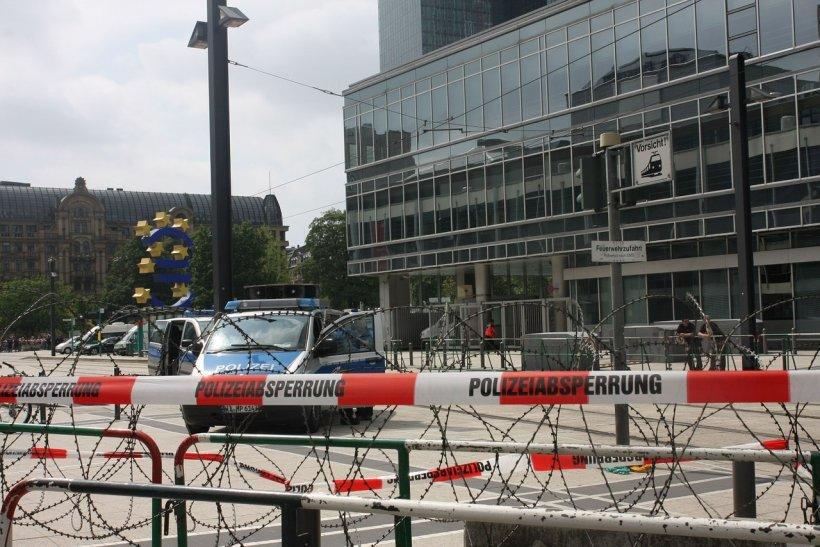 Atac armat la Berlin. Polițiștii au încercuit mai multe clădiri din centrul capitalei