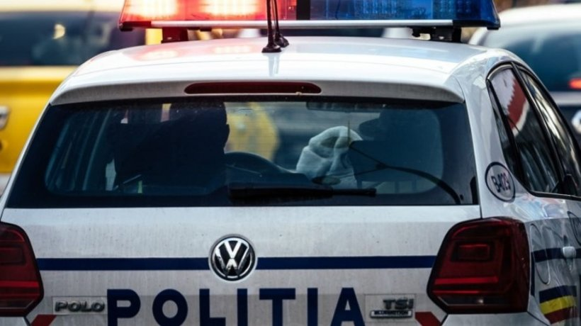 Bărbat prins cu droguri de 60.000 de euro, într-un apartament închiriat în Brașov