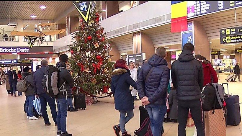 Peste 100 de turişti români îşi vor petrece Revelionul pe aeroport