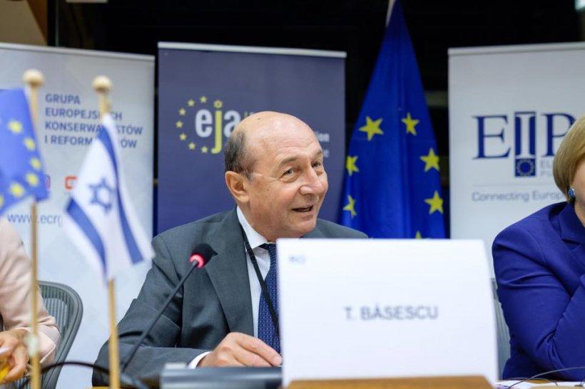 """Unde era Traian Băsescu la Revoluția din 1989. """"Pentru mine asta s-a văzut: o bulibășeală fără seamăn"""""""
