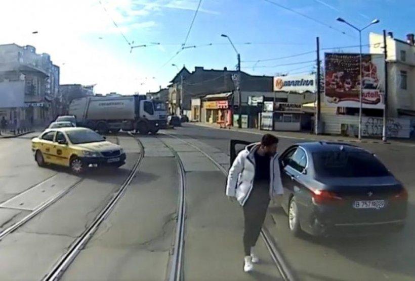 Ce a urmat după o șicanare în trafic între un șofer de BMW și un vatman. Anunțul Poliției Rutiere!