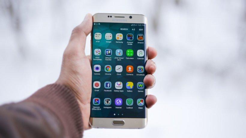 24 IT. Primele lansări de telefoane în 2020