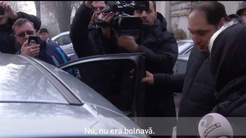 Imagini cu mama Cristinei Ţopescu. Trupul jurnalistei a fost depus la Capela Cimitirului Bellu - VIDEO