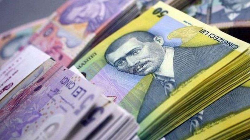 Un bărbat din Iași s-a trezit din greșeală cu 130.000 de lei în conturi și a rămas cu banii