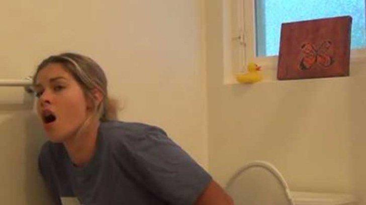 A intrat în baie peste soție și a găsit-o așa! Ce făcea femeia - S-a ajuns instant la divorț