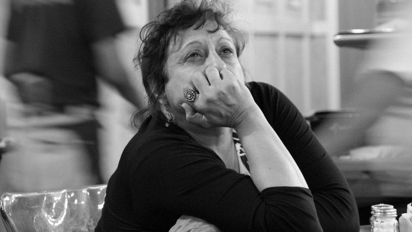 Final trist pentru o româncă stabilită în Italia. Bolnavă de cancer, femeia a murit singură și fost găsită după 15 zile