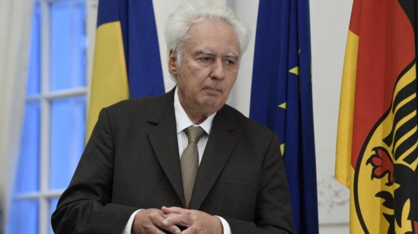 Istoricul Lucian Boia, decorat de președintele Ungariei: Românii ar trebui să accepte şi să respecte faptul că Trianon reprezintă o traumă majoră pentru Ungaria şi pentru naţiunea ungară