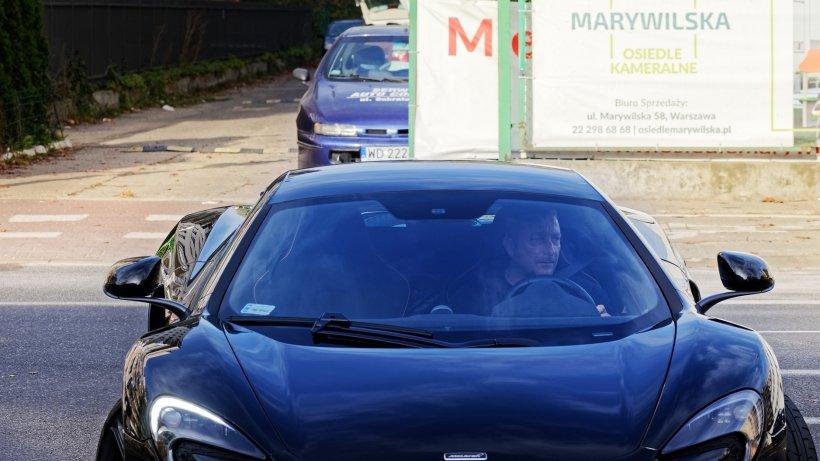 Șofer român de Uber din Marea Britanie, acuzat pentru un gest scandalos făcut unei cliente oarbe