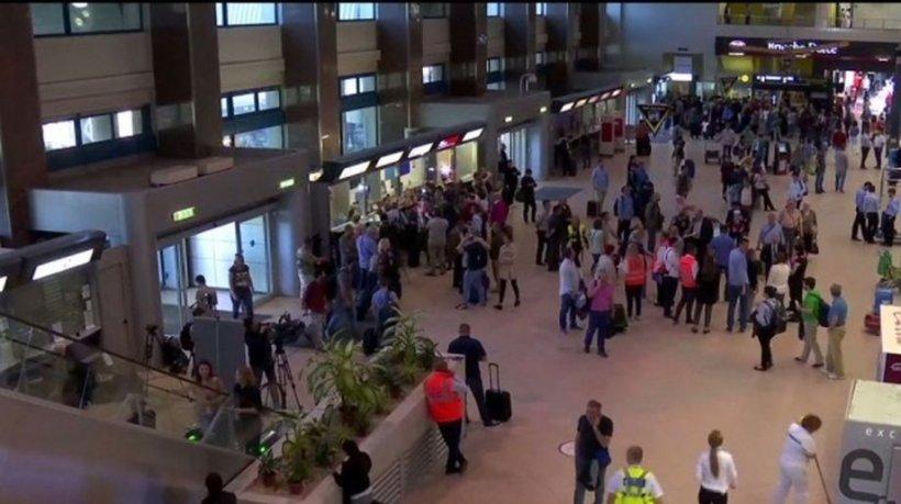 Un pasager suspect de coronavirus a ajuns pe Aeroportul Otopeni. A fost transportat la Institutul de Boli Infecţioase Matei Balş