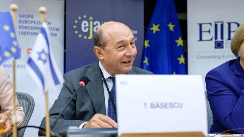 Traian Băsescu, previziune sumbră pentru România: Intrarea într-o criză severă este uşor de anticipat