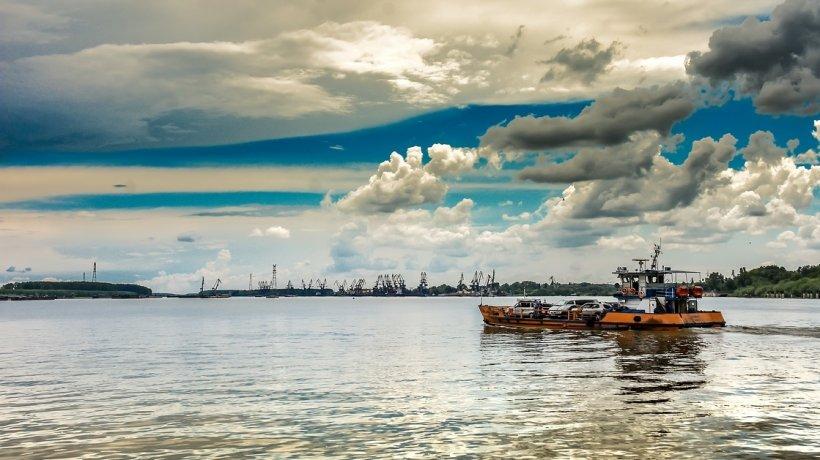 Navele sunt în pericol pe Dunăre! Cotele apelor au scăzut dramatic în ultimele 24 de ore