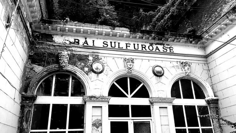 Cum arată Băile Herculane, cea mai veche staţiune din România - VIDEO