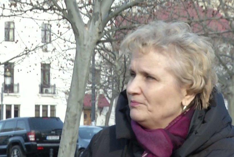 Managerul spitalului Sfânta Maria îi oferă un loc de muncă liftierei concediate de la Ministerul Muncii
