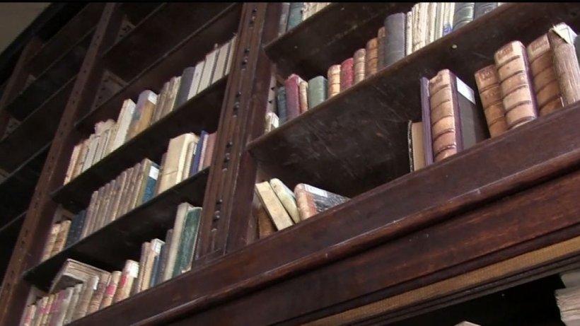 Exclusiv! Apelul lansat de Antena 3 pentru salvarea bibliotecii din Craiova a mobilizat mii de oameni