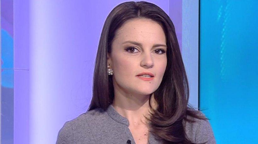 """Pe Cuvânt, cu Ana Iorga. Cum spunem corect: """"viruși"""" sau """"virusuri""""?"""