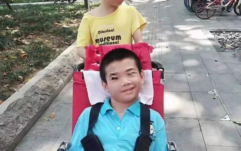 Sfâșietor! Un copil a murit singur acasă, după ce tatăl lui s-a îmbolnăvit și a fost pus sub carantină pentru mai multe zile
