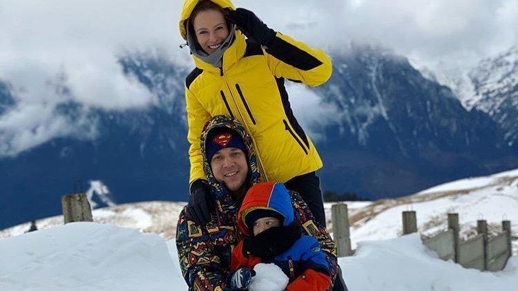 Andrei Năstase şi-a dus familia la munte. Cum arată cei doi băieţi ai săi FOTO!