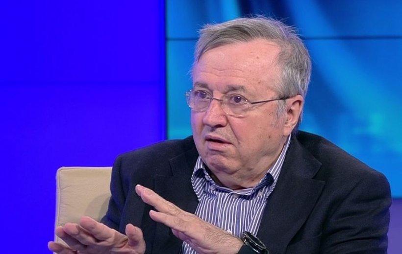 Ion Cristoiu: Moțiunea trece cu sprijinul discret al PNL și intervenția lui Klaus Iohannis