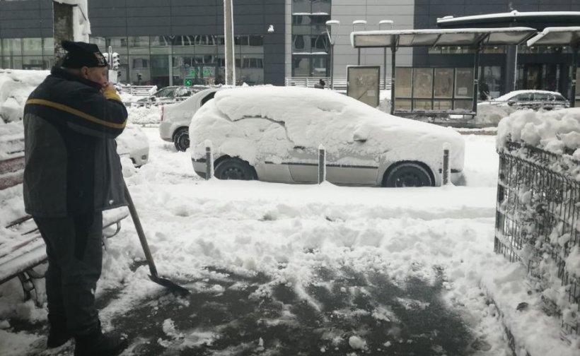 Prognoza meteo specială pentru Bucureşti. Meteorologii anunţă ninsori în continuare
