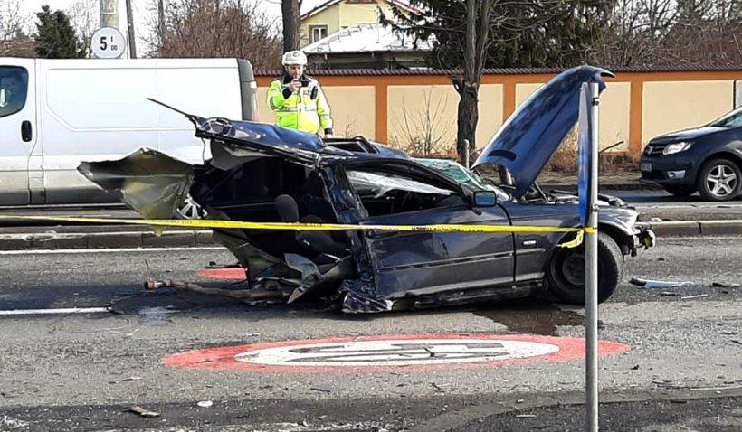 BMW rupt în două pe DN 1, accident înfiorător în zona Corbeanca