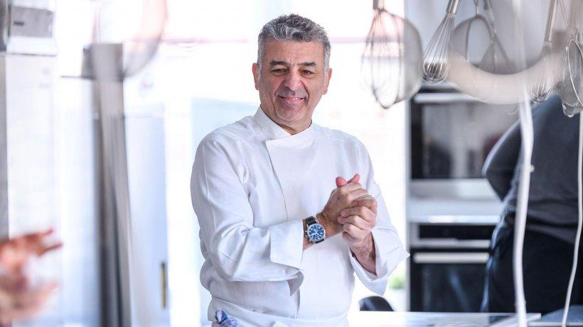 Chef Joseph Hadad, transportat de urgenţă la spital, după ce i s-a făcut rău
