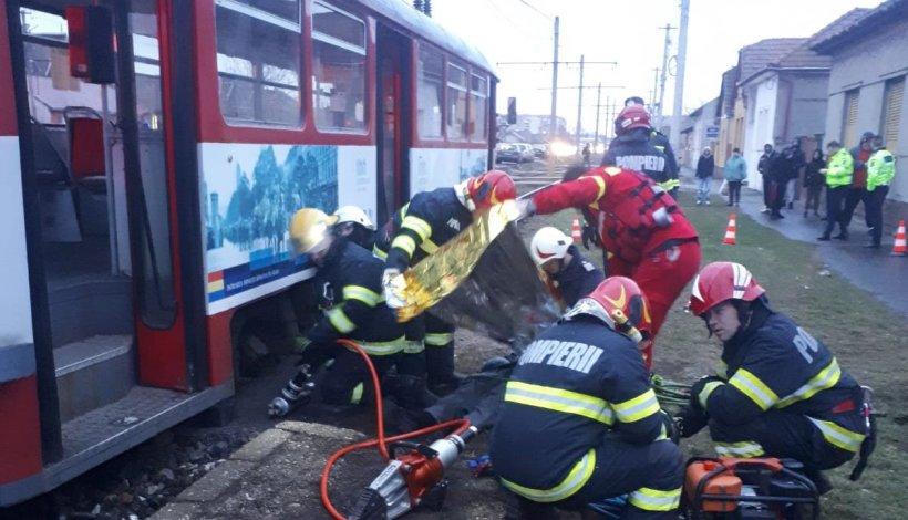 Accident înfiorător la Arad. Femeie moartă, după ce a fost călcată de tramvai