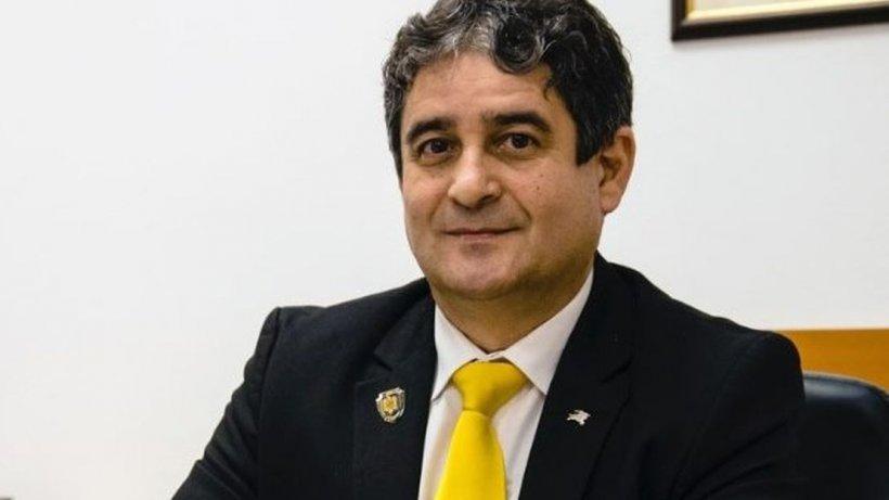 Lovitură pentru PNL! Unul dintrecei mai vechi liberali din Alba trece la USR și va candida la primărie împotriva foștilor colegi