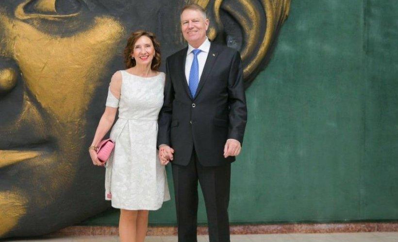 Unde au fost văzuţi Klaus Iohannis şi soţia sa, de Ziua Îndrăgostiților